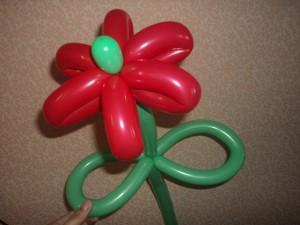 Мастер-класс по изготовлению цветка из воздушных шариков (твистинг)